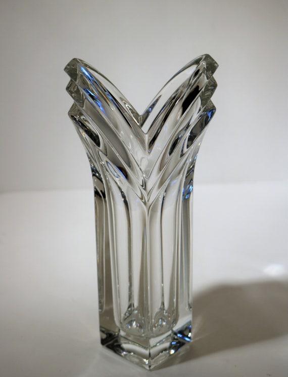 Vintage 8 58 Mikasa German Crystal V Shaped Bud Vase