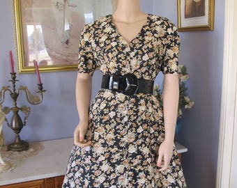 Festival FLORAL MIDI or 50s Style Vintage Dress with Rosie Riveter Head Tie