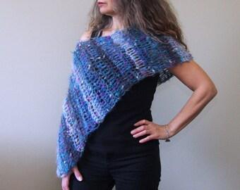 Crochet Poncho PATTERN / Asymmetrical Poncho / Easy Shawl Wrap / Beginner PDF Pattern / Made in Canada