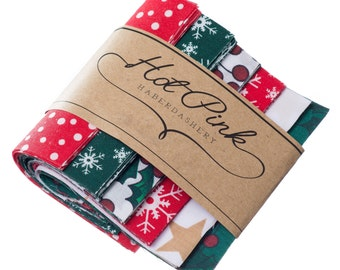 """50 x Christmas Patchwork Squares. Beautiful Fabric Charm Pack 4"""" or 5"""""""