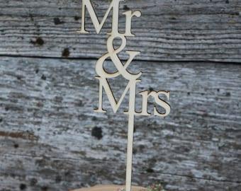 Mr&Mrs wood wedding cake topper/wood wedding cake topper/mr. and mrs. wedding cake topper/Special event cake topper/wedding cake decor