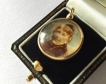 Antique Victorian Mourning Double Sided Photo Pendant