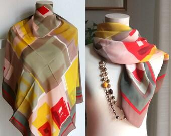 beige Loredano scarf Italy silk Scarf square pink yellow Red 80s retro Wrap Designer Scarf ladies Head scarf Abstract Print vintage Scarf
