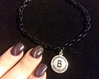 Black chain B monogram anklet. 9 inches