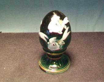 Fenton Hand Painted Forrest Green With White Fishe Limited Edition Egg 1686/2500
