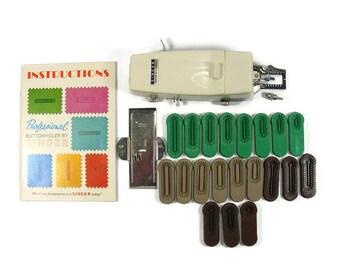 Singer Professional Buttonholer model 381116 for Slant Needle Zig Zag Sewing Machines 700 900 2000 Series Machines