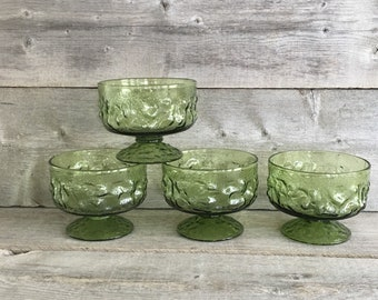 Vintage set of 4 avocado green Anchor Hocking Lido Milano footed sherbet glasses