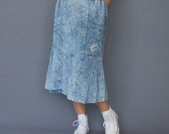 80s midi denim jean skirt Acid wash denim skirt Godet denim skirt Denim pintuck skirt Embellished denim Vintage denim skirt Blue denim jean