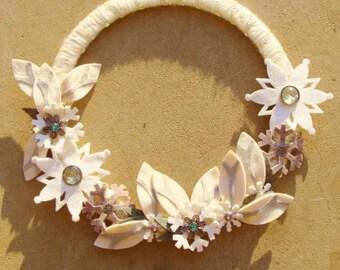 Snowflake Door Wreath Winter White Snowflakes, Leaves, Jeweled Snowflakes