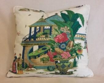 Jardin Pekinois Pillow