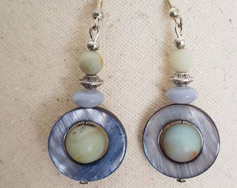 Earrings hook and bead in silver, amazonite beads, mother of Pearl and glass