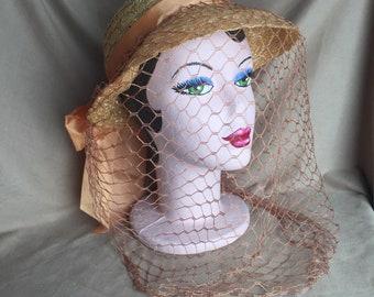 Vintage 40's Hat, Vintage 40's Peach Sun Hat with Veil, Woven Hat, Peach Summer Hat with Veil, Boater Hat, OSFM,