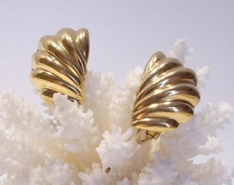 Napier Classic Vintage Half Fan Shell Gold Tone Feather Clip Screw Back Earrings