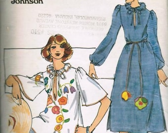 Vintage 70s Flounce Collar Bell Sleeve Slit Neckline Tunic Top Blouson Dress BETSEY JOHNSON Sewing Pattern 4680 B30-31