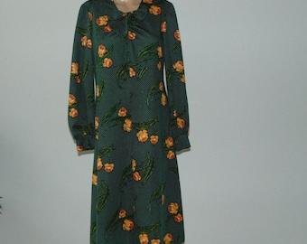 Vintage 70s  Midi dress Floral midi dress Elegant dress Green midi dress Long sleeve dress Romantic dress Secretary dress Office dress