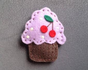 CUPCAKE FELT BROOCH, Muffin Pin, Sweeet Brooch, Felt Plush Cupcake, Cookie Brooch, Felt Accessories, Gift for Her, Handmade Brooch