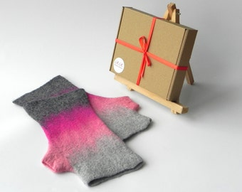 Felted gloves, wool gloves, felt mittens, pink gray mittens, Arm warmers, pink gloves, warm gloves, gift idea, gift for sister, CHRISTMAS