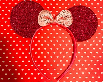 Cute  Hot Pink Sparkle Minnie Mouse Headband Ears