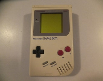 Original Vintage Nintendo Game Boy System Console