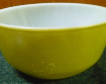 Anchor Hocking -  Lime Green HTF Color - 457 - Oven Proof - Has Marks See Pictures - 7 1/4 x 3 1/2