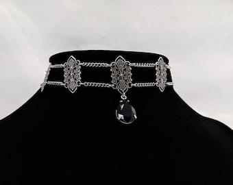 Elegant Gothic Set Necklace & Earrings Silver Plated Filigree Black Vintage Glass Drop
