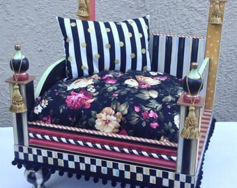 Luxury One of a kind Pet Bed FREE SHIPPING!! Made to order.