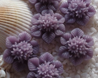 Resin Multi Flower & Leaf Cabochon - 21mm - 6pcs -  Lavender