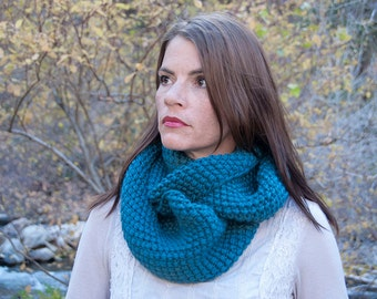 Chunky knit infinity scarf, circle scarf, cowl scarf, hood cowl, teal blue