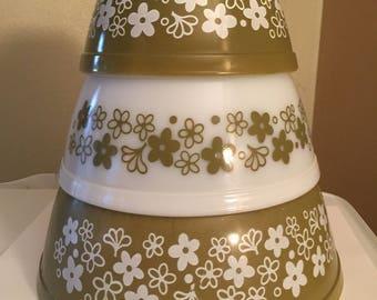 Vintage Pyrex Spring Blossom/ Crazy Daisy 3 Piece Bowl Set #401,#402,#403 Mixing/ Serving Bowls