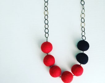 Montrose Felt Necklace in Red / Black, Color Blocking, Felt Balls, Wool Anniversary, 7th Anniversary, Gift for Wife, Statement Necklace