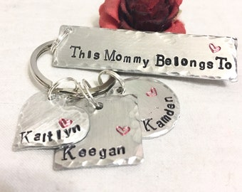 Mothers day key chain, gift for mothers day.  customized Mothers day gift, gift for mom, step mom, mother, ma, mommy, momma.