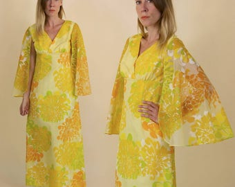 Vintage 1970s Alfred Shaheen, Floral Lemonade, Hawaiian Printed, Maxi Gown with Dramatic Angel Sleeves