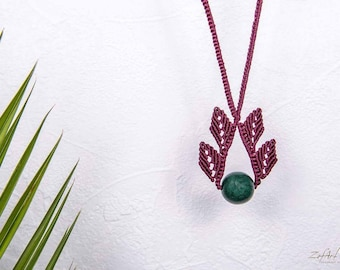 Long bordeaux macrame leaves necklace with green semiprecious stone.