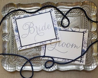 Oval Bride & Groom Chair Signs- Wedding Chair Signs - Watercolor Wedding Sign - Navy and gold wedding, Thefindsac
