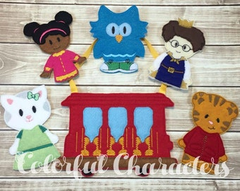 Custom Finger puppets, Neighborhood Tiger and friends, Daniel, pretend play, felt toys, embroidered, finger puppet set, made to order