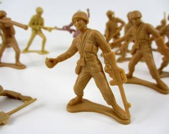 Set of 18 Vintage WW2 Tan Plastic Army Men - Riflemen, Bazookas, Grenade Guys, Radio operators, Mine Sewwpers