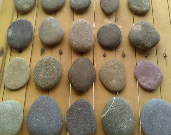 Beach Stone Pebbles, 20 colorful Pieces from the Irish Coast, 2 cm