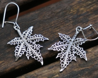 Silver Maple Leaf Earrings - Leaf Earrings - Sterling Silver Earrings - Silver Dangle Earrings - Nature Earrings - Silver Leaf Jewelry