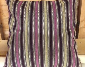 "Purple striped 24"" x 24"" zipped cushion cover"