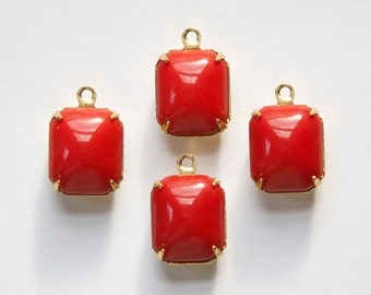 Vintage Opaque Red Stones in 1 Loop Brass Setting 12mm x 10mm oct005F