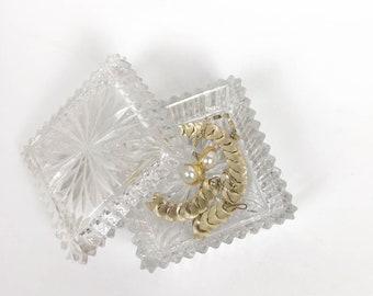 Vintage Crystal Glass Jewelry Box, Lidded Glass Box, Glass Trinket Box, Crystal Square Box, Glass Box wit Lid, Vanity Decor, Vanity Storage