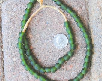 Ghana Glass Beads: Green 9mm
