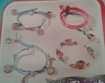 Kit to create 4 bracelets of different color range