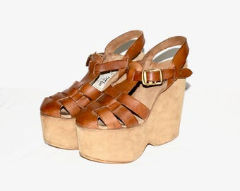 Vintage GOODY TWO SHOES Platform Sky High Hurrache Wedge Sandals 8