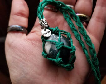 Vegan Interchangeable Crystal Holder Hemp Necklace! Choose Your Color! With or without Moss Agate Crystal!