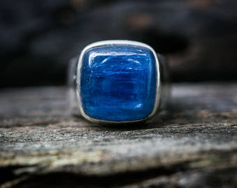 Kyanite Ring Size 7.5 - Kyanite Cabochon Ring - Kyanite Sterling Silver Ring - Kyanite Ring Size 7.5 - Blue Kyanite Ring Kyanite Jewelry