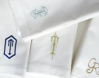 Your Choice Monogrammed Napkins / Set of 35, custom cloth napkins, embroidered cloth napkins, wedding gift, monogrammed cloth napkins