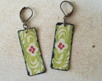 """Tin Jewelry Earrings """"Spring Morning"""" Tin for the Ten Year Tenth Wedding Anniversary"""