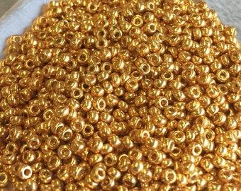 11/0 Japanese Seed Beads - Duracoat Galvanized Gold 4202 23 gram tube