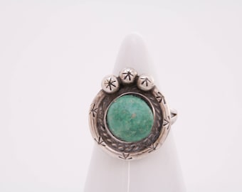 Vintage Native American turquoise ring / sterling silver and turquoise ring / turquoise ring / turquoise jewelry / turquoise birthstone ring